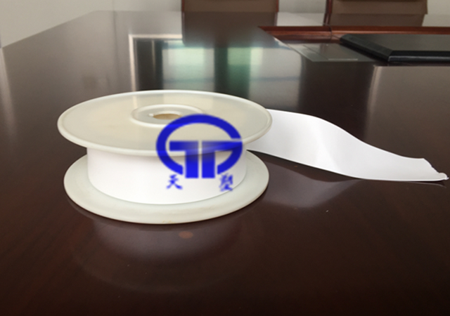 Unsintered Expanded PTFE sealing tape